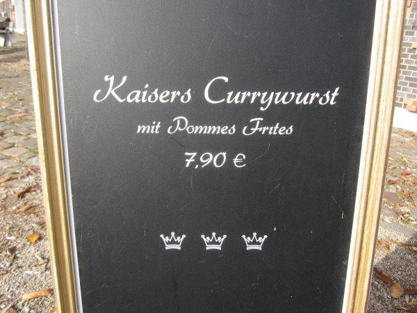 Auch in der Hamburger Hafencity gibt es Currywurst - jedoch hat hier alles seinen Preis - Foto von Susanne Haun