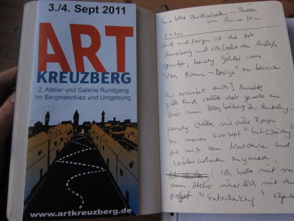Ich schreibe gleich auf dem nachhause Weg meine Gedanken ins Skizzenbuch - Foto von Susanne Haun