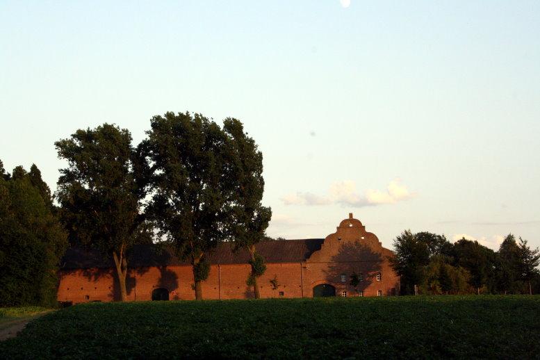 Das Kreuzkloster von außen (c) Foto von Susanne Haun
