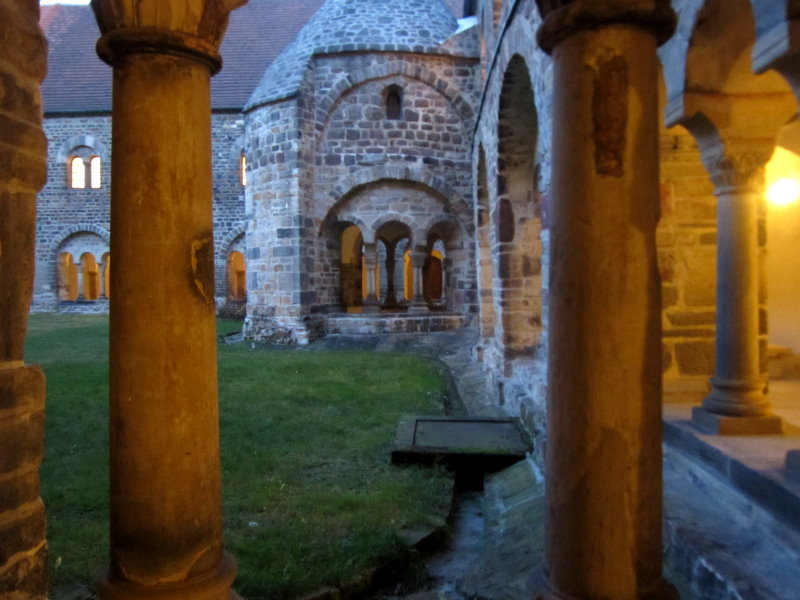 Im Kreuzgang im Kloster unser lieben Frauen (c) Foto von Susanne Haun
