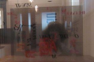 Gespiegelt in John Cage (c) Foto von Susanne Haun