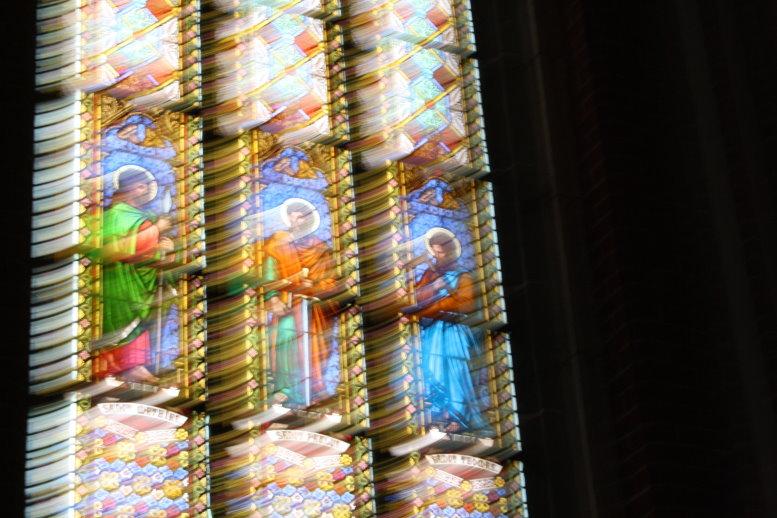 Zeichnung mit dem Licht des Fensters des Bad Doberaner Münster (c) Foto von Susanne Haun