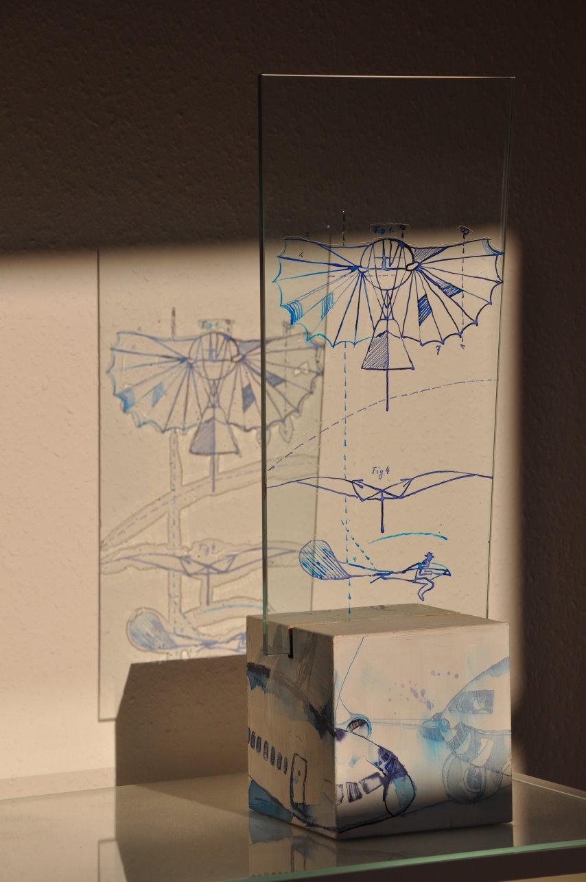 Der Traum vom Fliegen - künstlicher Flug (c) Glasobjekt von Susanne Haun - klein