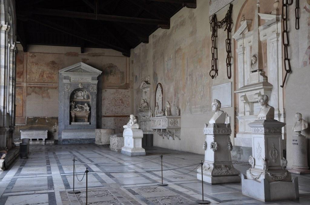 Im Inneren des Camposanto auf dem Campo dei Miracoli (c) Foto von M.Fanke