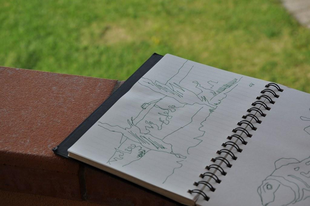 Susanne Haun skizziert die Toskana (c) Foto von M.Fanke