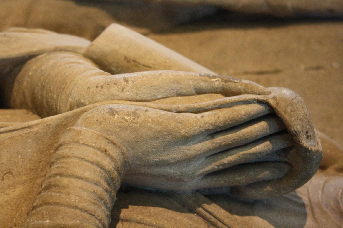 Hände von Mathilde von England (c) Foto von Susanne Haun