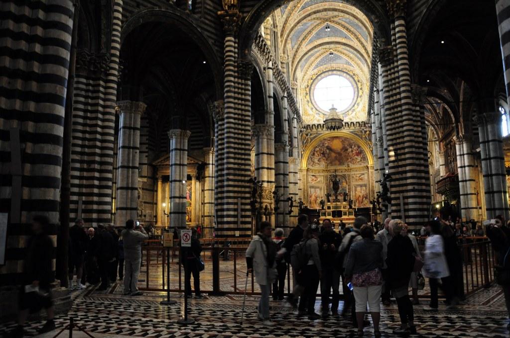 Inneres vom Dom von Siena (c) Foto von M.Fanke