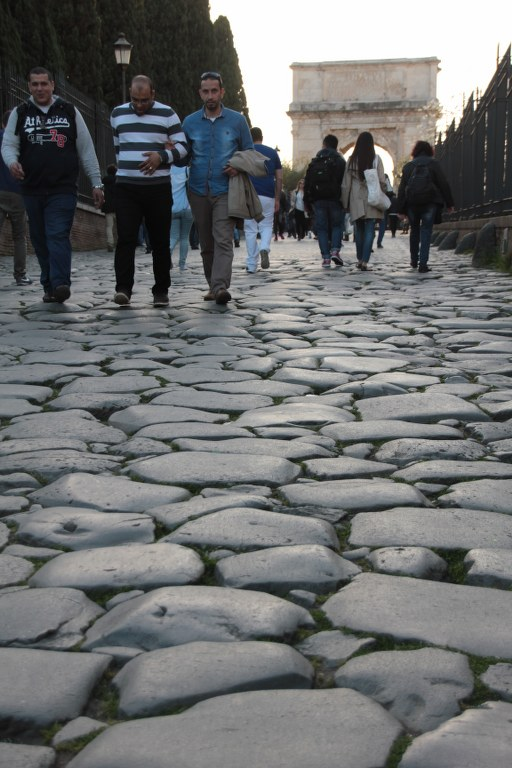 Auf dem Weg zum Forum Romanum (c) Foto von Susanne Haun