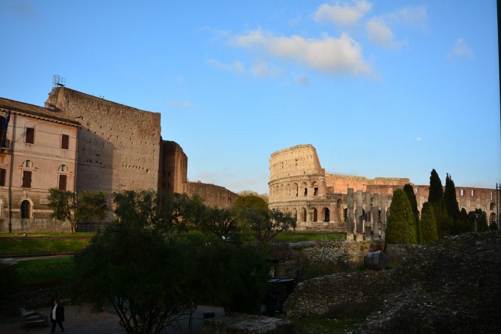 Kolloseum vom Forum Romanum aus (c) Foto von M.Fanke
