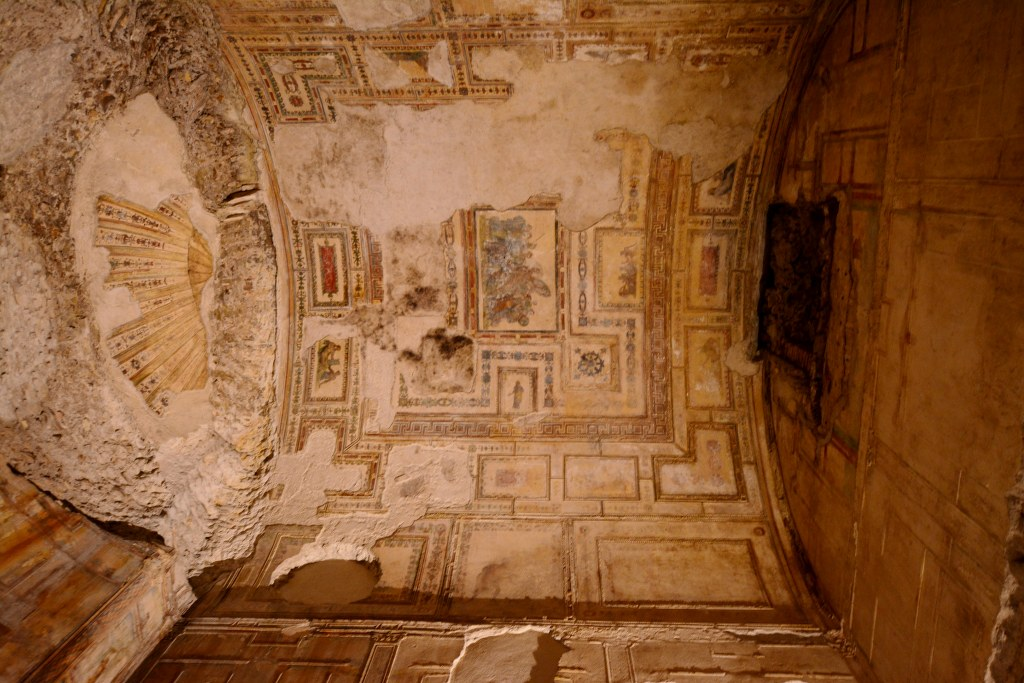 Die Fresken sind hier noch relativ gut erhalten (c) Foto von M.Fanke