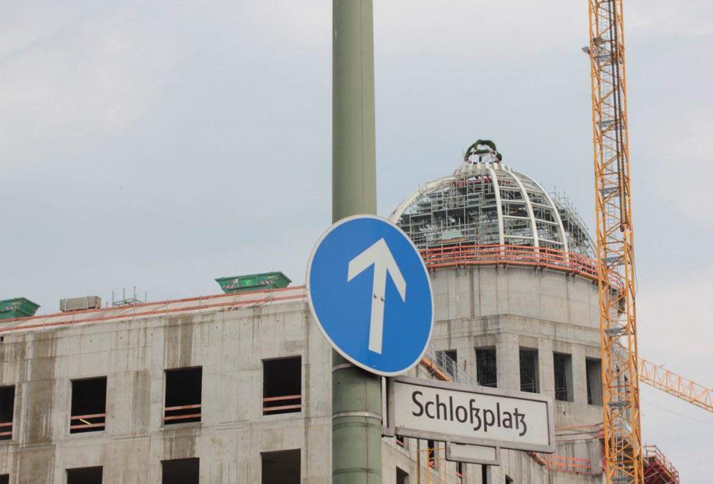 Auf dem Schlossplatz Berlin - Das Stadtschloss (c) Foto von Susanne Haun