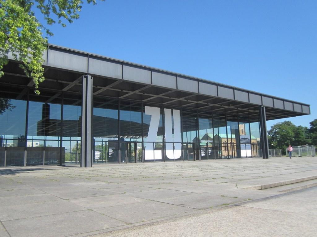 Leere Neue Nationalgalerie im Sommer 2015 (c) Foto von Susanne Haun