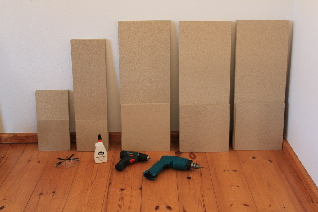 Das Holz für die Sockel (c) Foto von Susanne Haun