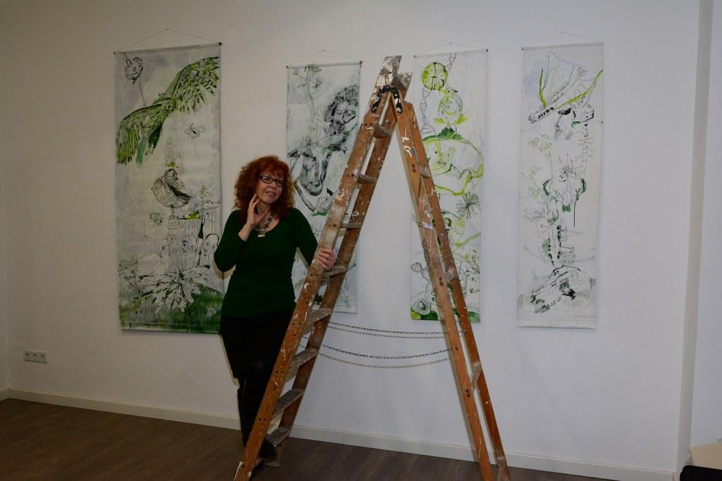 Hängen Ausstellung Im Rausch der Freiheit in der Green Hill Galery (c) Foto von M.Fanke