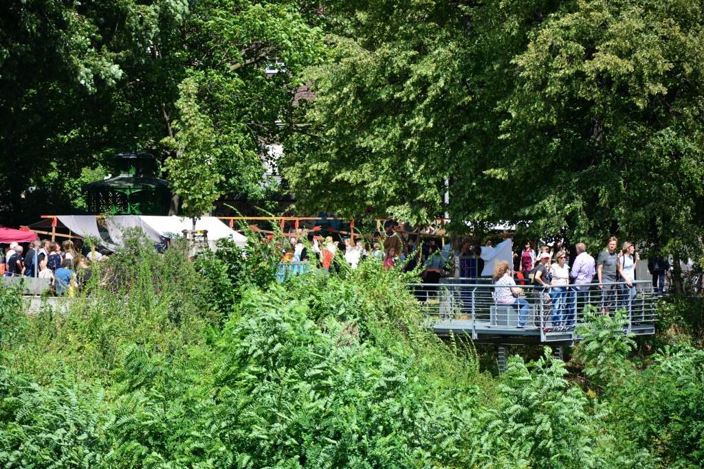 Die Umgebung um den Weddingmarkt 3. Juli 2016 ist grün und sonnig (c) Foto von M.Fanke