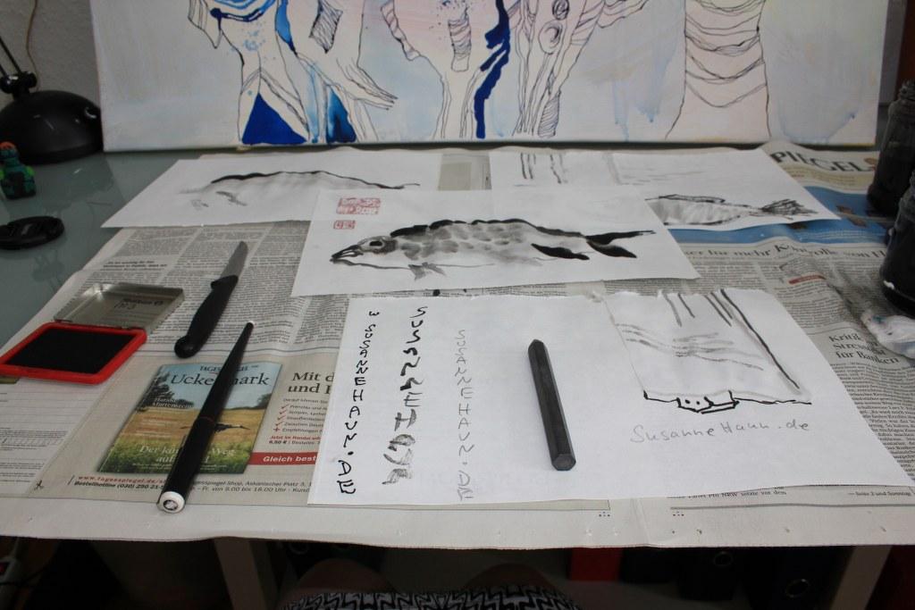 Wie schreibe ich meine Signatur auf die Tuschezeichnung (c) Foto von Susanne Haun