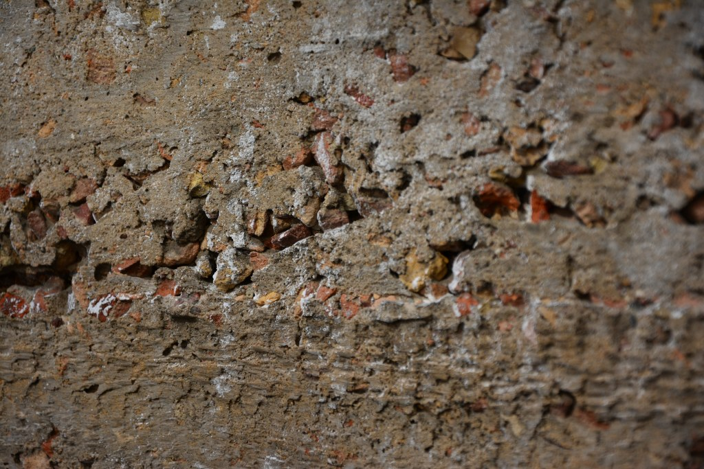 ExRotaprint - der Beton wurde aus alten Ziegelsteinen gemacht (c) Foto vom M.Fanke