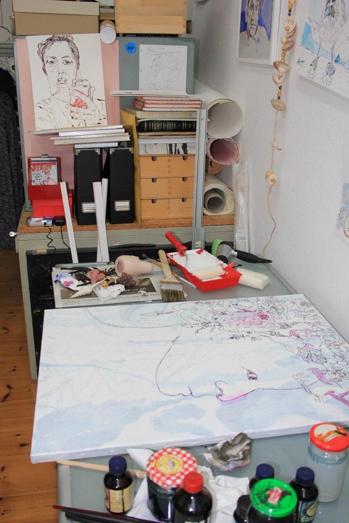 2 Entstehung der Erinnerung im Gestern - 60 x 80 cm - Tusche auf Leinwand (c) Zeichnung von Susanne Haun