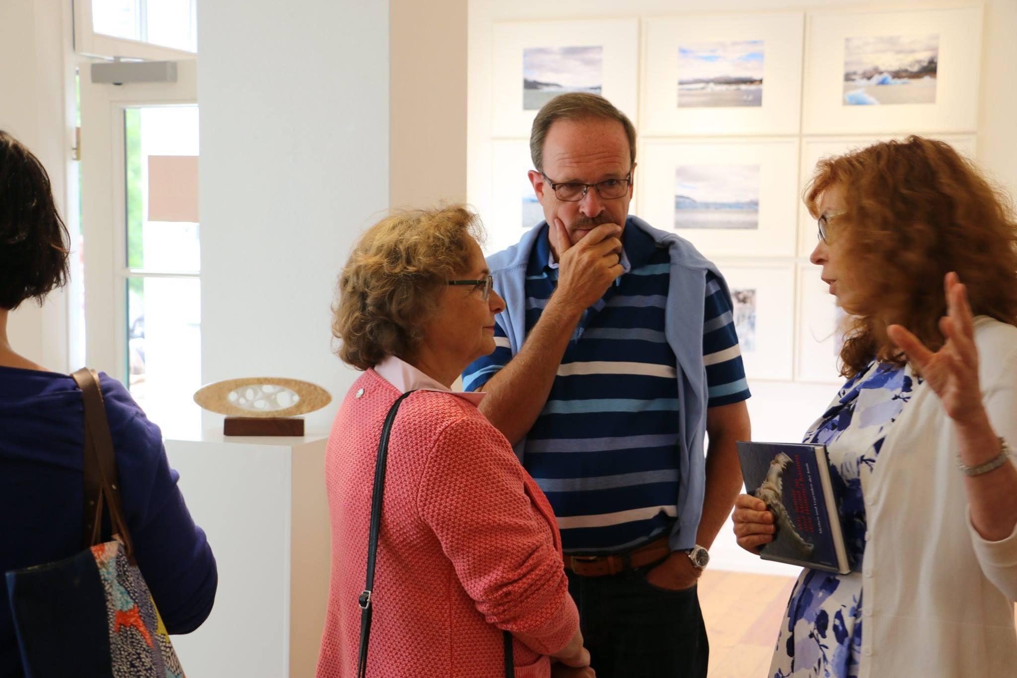 Ausstellungseröffnung Eiswelten Dirk Fiege Susanne Haun Roswitha Mecke Sabine Jacobs - Kulturbahnhof Nettersheim Evamaria Blaeser-Ridderbecks (c) Dirk Fiege