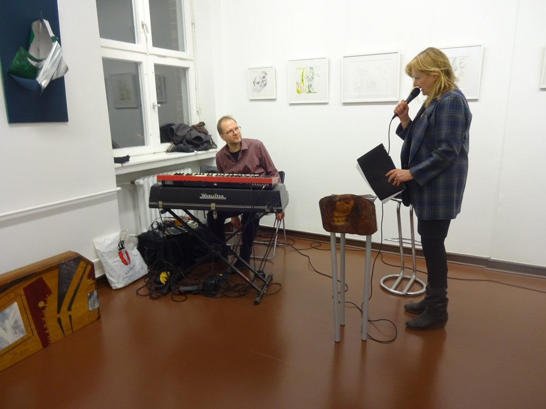 Impressionen von der Ausstellung Querbrüche - Musik Achim Kaufmann, Lyrik Gabriele D.R. Guenther (c) Foto von M.Fanke