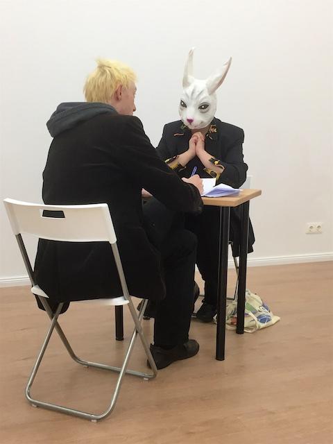 """© Sabine Küster - Interview im Rahmen © Susanne Haun der Ausstellung """"Als ich noch echt war"""" Foto: Doreen Trittel"""