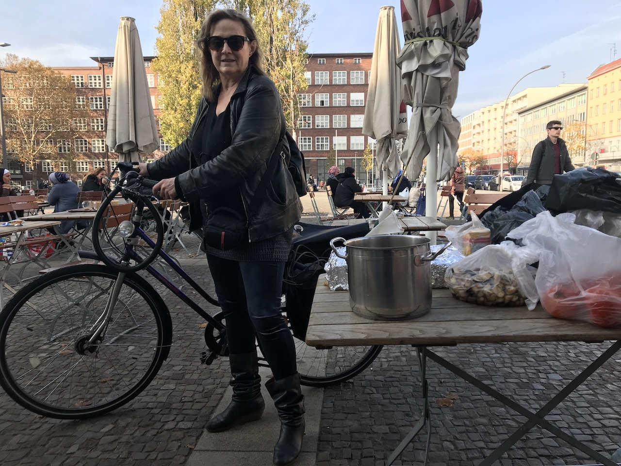 Impressionen von der Suppenküche Ausstellung Querbrüche Obdachlos (c) Foto von Susanne Haun