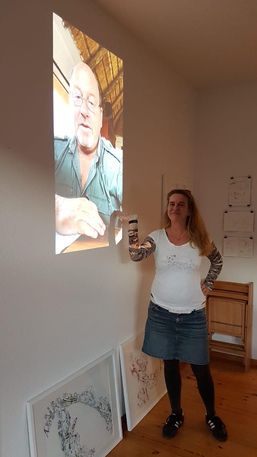 Impressionen vom 22. Kunstsalon Susanne Haun, Thema Naturschutz in Afrika (c) Foto Beate Gernhuber